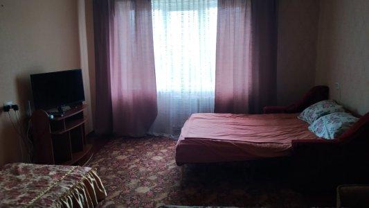 Квартира посуточно по ул. пер. Некрасова 18, 2‑комн в городе Белая Церковь